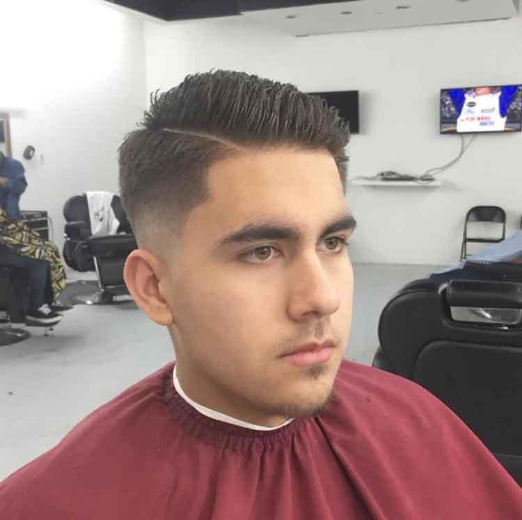gaya rambut pendek pria sesuai bentuk wajah lonjong