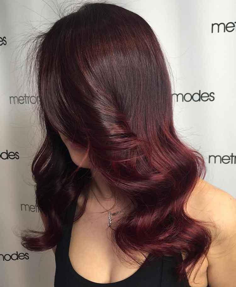 warna rambut burgundy untuk pria
