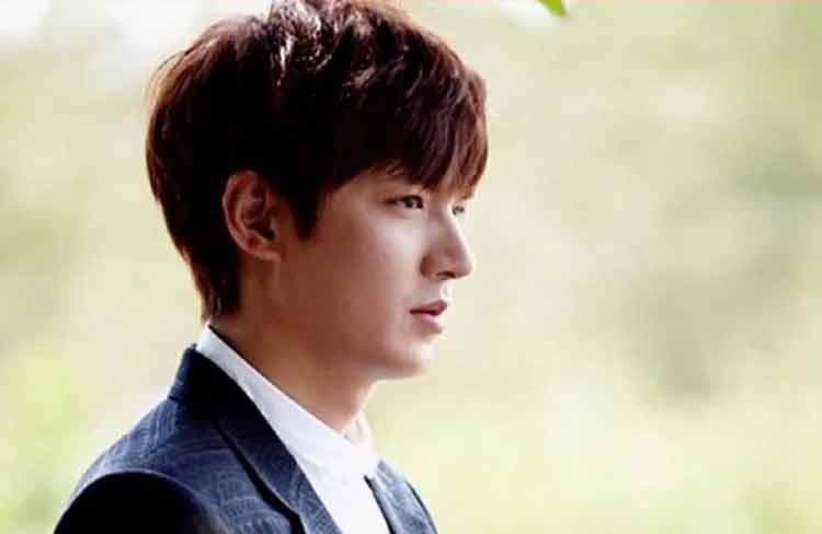 model potong rambut pria korea